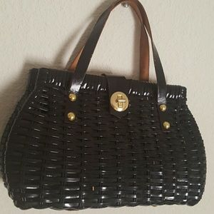 Vintage Wicker/vinyl black handbag.